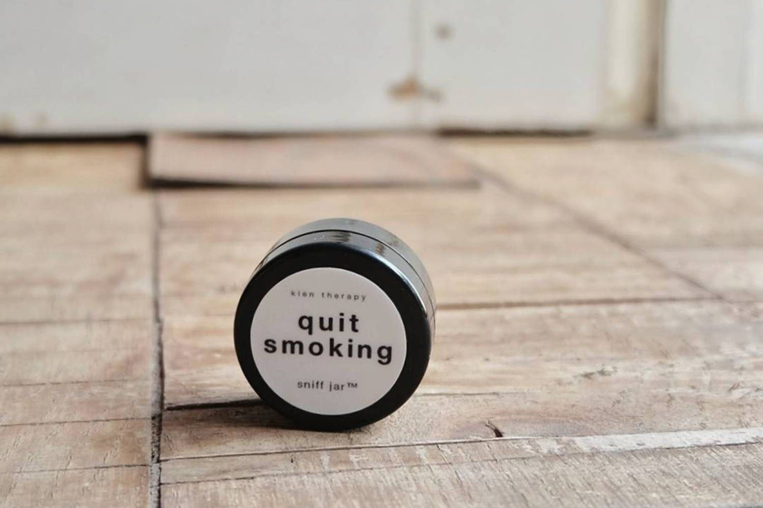 KLEN AND KIND SNIFF JAR – Quit Smoking
