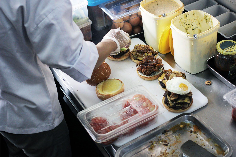 Lawless Burgerbar Kemang 9