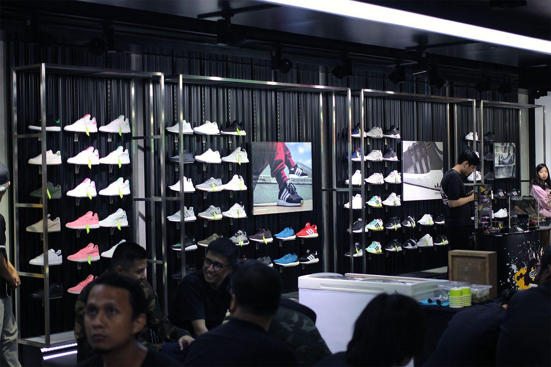 SEEK Store Jakarta Neighbourlist 4