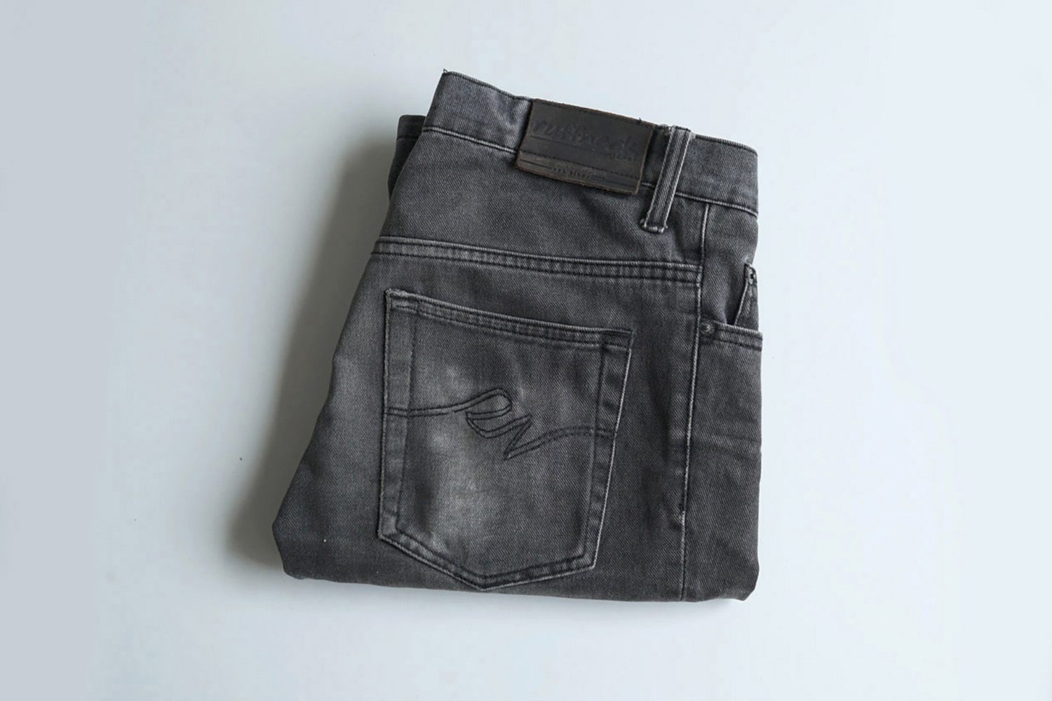 Neighbourlist_Indonesian_Jeans_pioneer_Ruffneck1