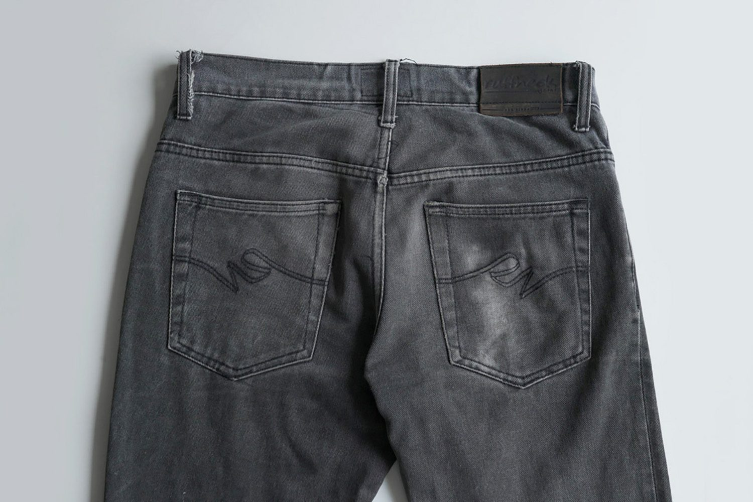 Neighbourlist_Indonesian_Jeans_pioneer_Ruffneck2