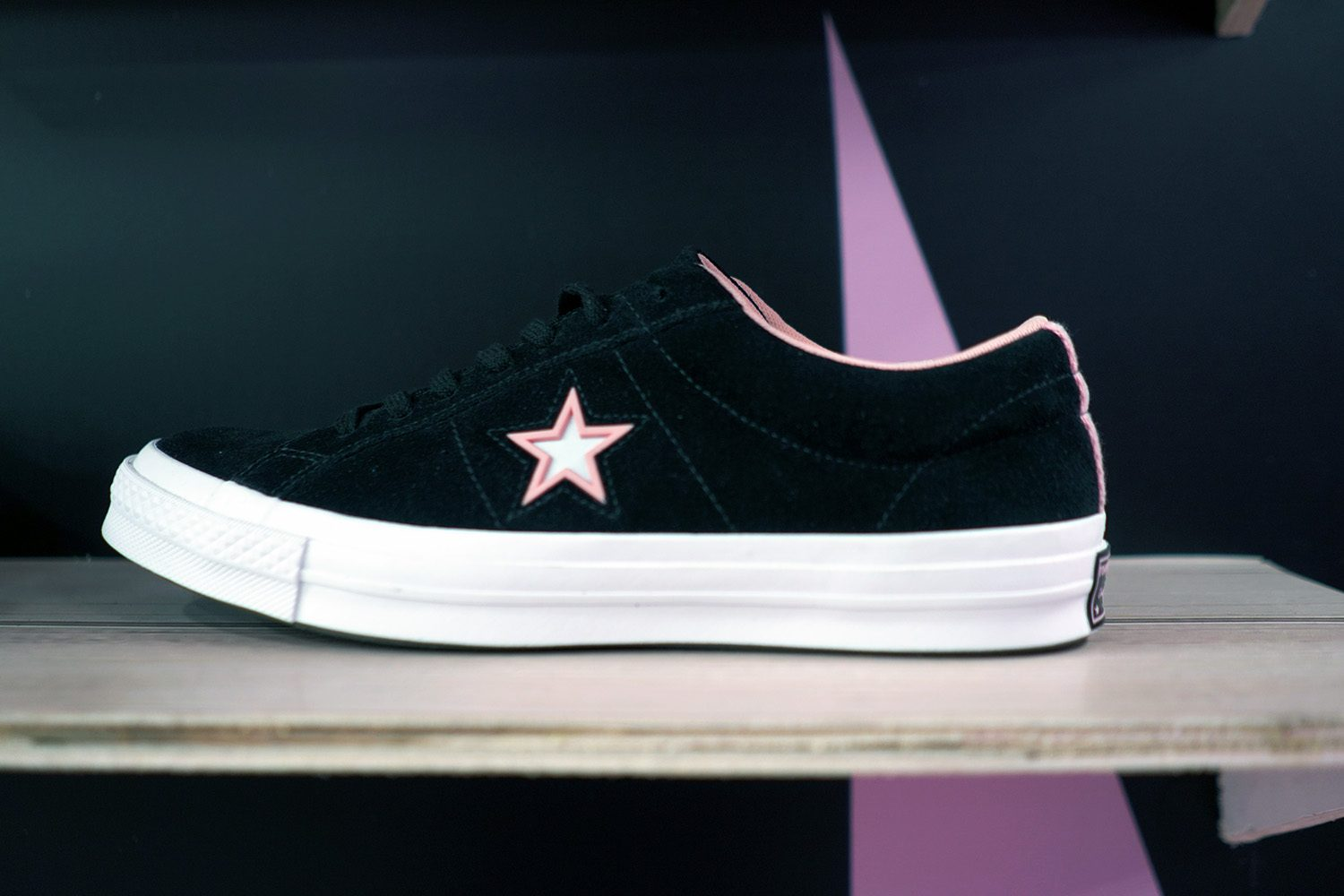 Converse Rated One Star Neighbourlist 21