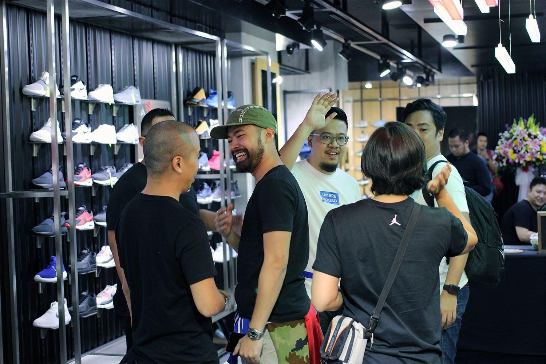 SEEK Store Jakarta Neighbourlist 14
