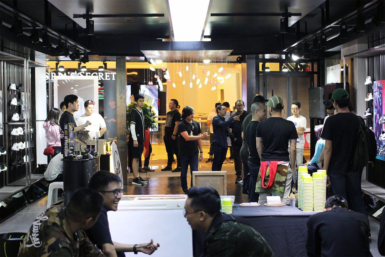 SEEK Store Jakarta Neighbourlist 5