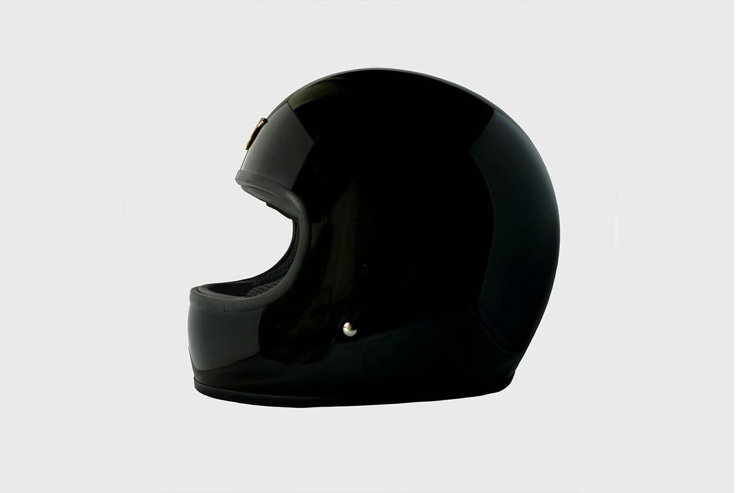 RIDERS AND RULES BOLT HELMET 1