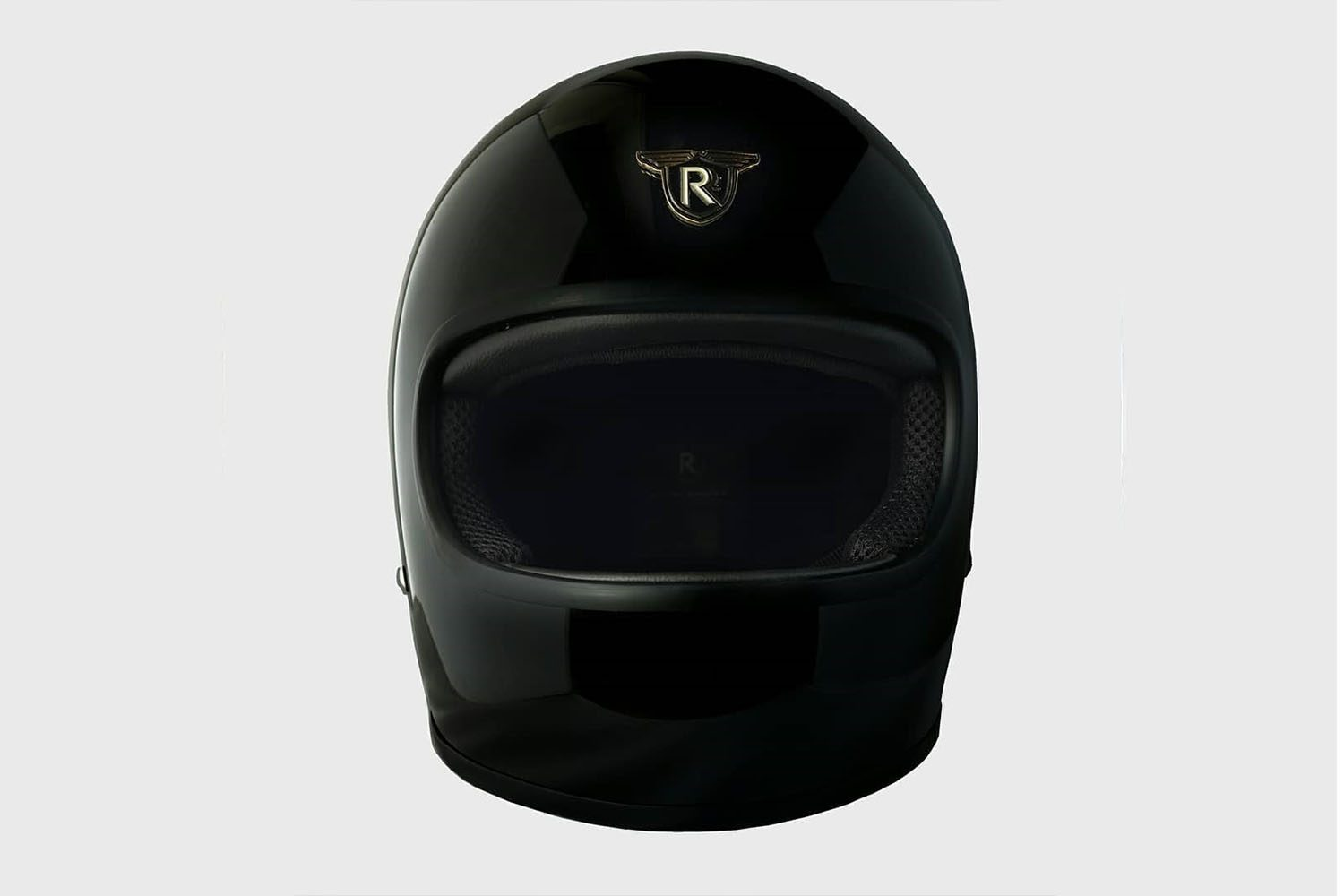 RIDERS AND RULES BOLT HELMET FEATURED IMAGE